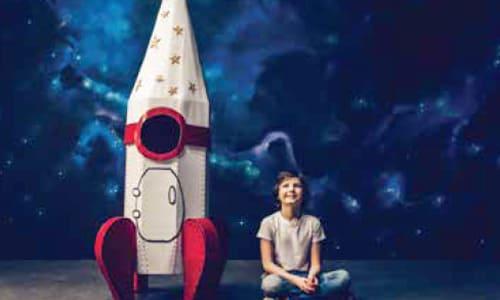 探索太空及海底世界